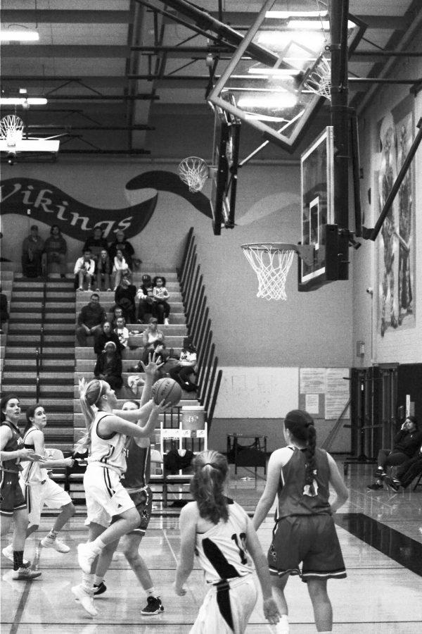 Junior Shaylen Haller attempts a layup. The girls basketball team won 57-45 against Mount Si on Jan. 27.