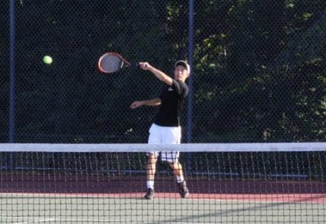 Boys tennis racks up wins on the court