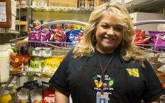 Lunch staff introduces new key members