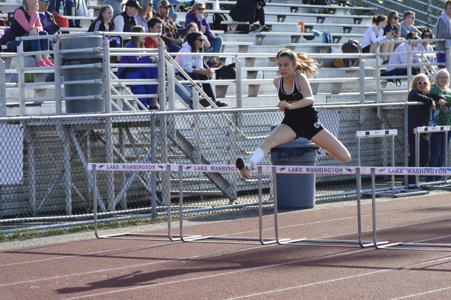 Junior Aina Engelbrekt jumps over the 100 m hurdles, setting a new PR at 17.45 seconds.