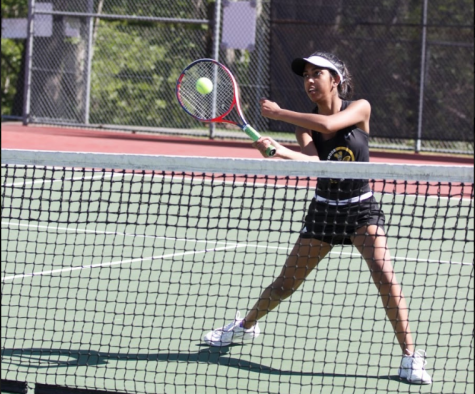 Girls tennis finishes their season strong
