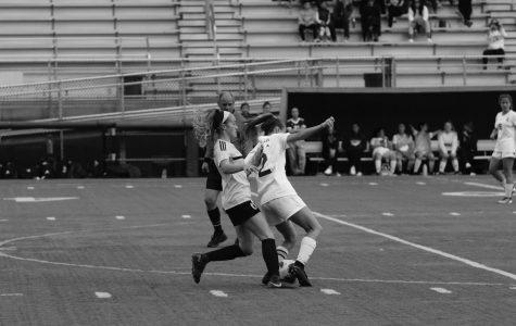 Girls soccer sweeps KingCo despite injuries, builds community