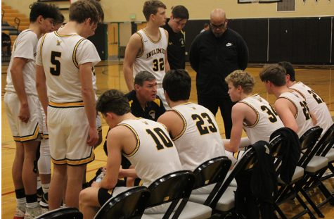 Boys Basketball team strives for success