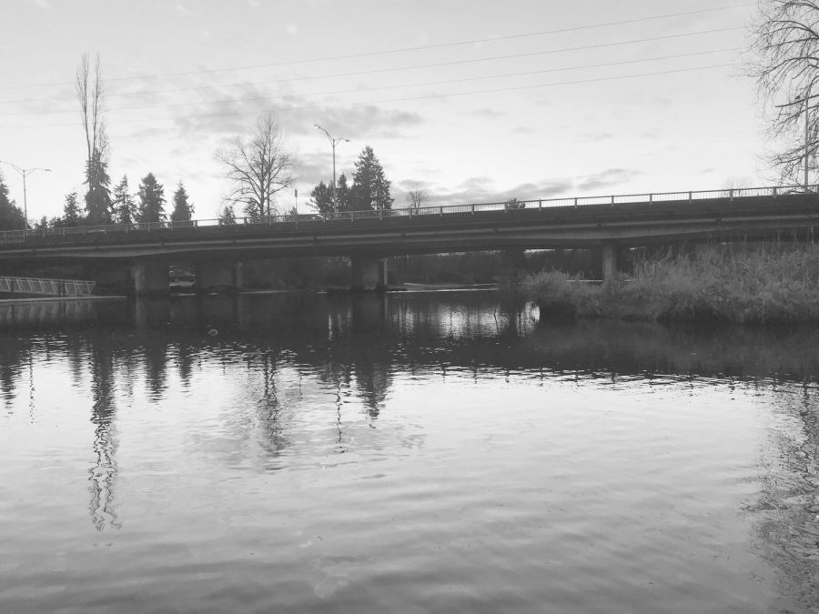 Cars+cross+the+West+Sammamish+River+Bridge+at+sunset+on+Feb.+3%2C+2020.+The+bridge+is+set+to+be+demolished+during+the+second+phase+of+the+project+in+2021.+Photo+by+Sonya+Sheptunov
